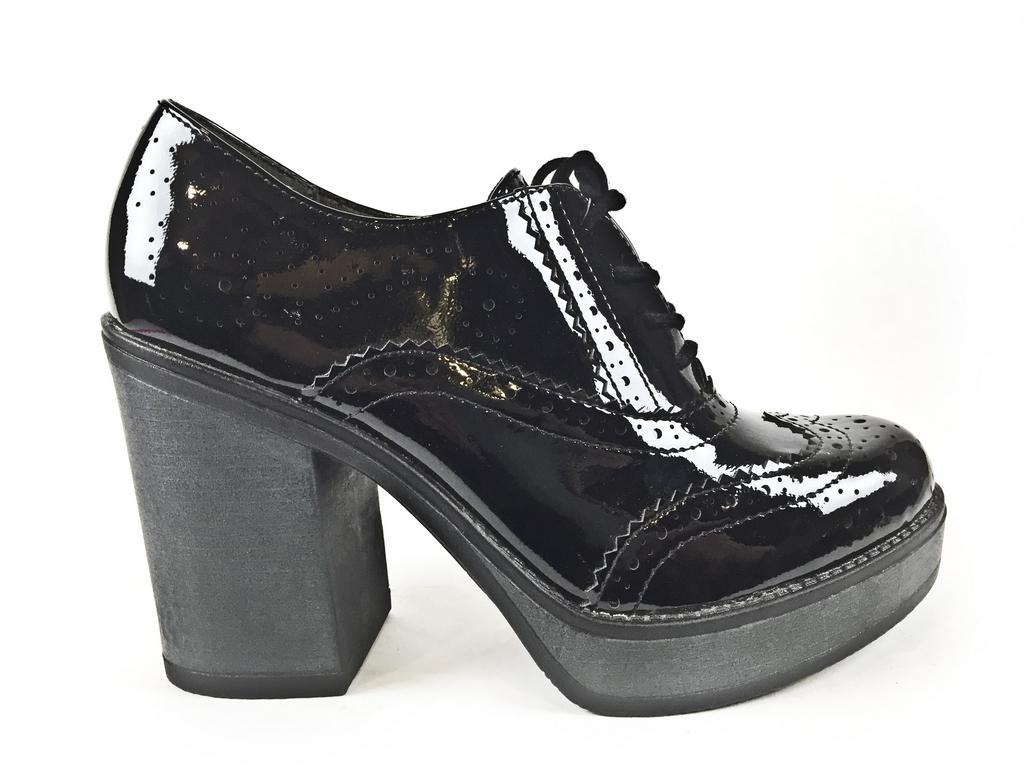 Туфли женские 1-1-23318-37-018 Tamaris